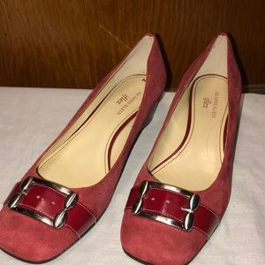 AK Anne Klein iflex Women's Red Suede Wedge Shoes